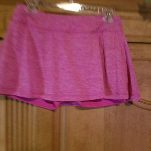 Women's hot pink tennis skort